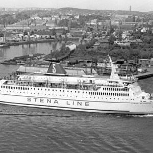 STENA OLYMPICA passing Lindholmen in Gothenburg in the summer of 1973